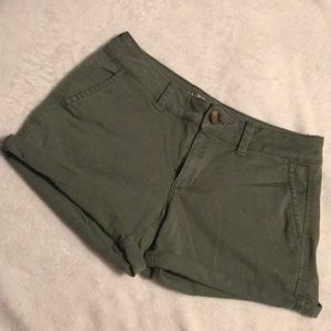 American Eagle Army Green Twill Shorts Worn Once